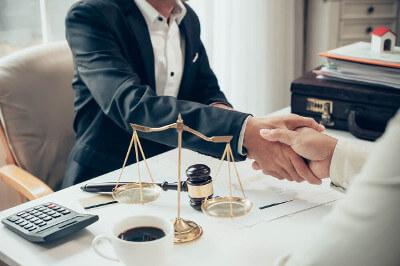 сколько стоят юридические консультации